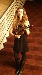 Elizabeth Mae performs in Colorado continental league
